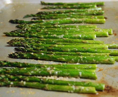 could it get any easier!? sooo happy i bought asparagus my last ...