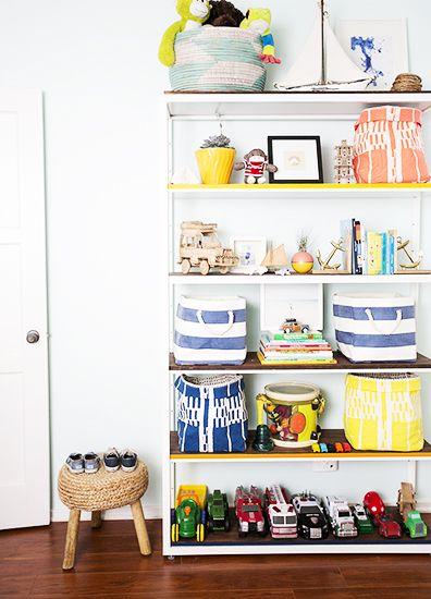 A Totally Rad Kid's Room Makeover // boys room, bookshelf