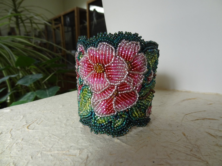 Beaded embroidery pink flower bracelet jewelry