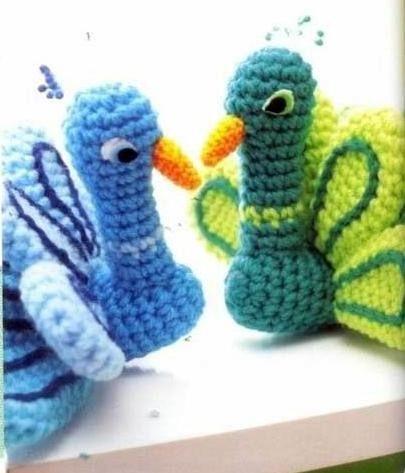 Amigurumi Star Wars De Ganchillo : Crochet Amigurumi free pattern peacock amigurumi Pinterest