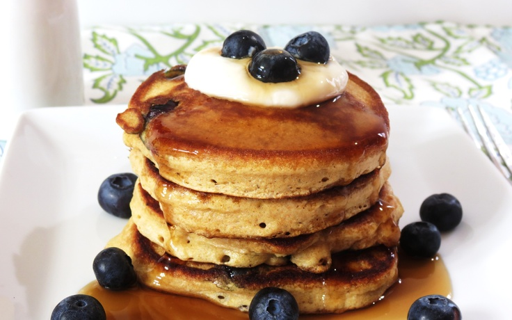 Blueberry Lemon Pancakes Ingredients: 1/3 Cup of Greek Lemon Yogurt (6 ...