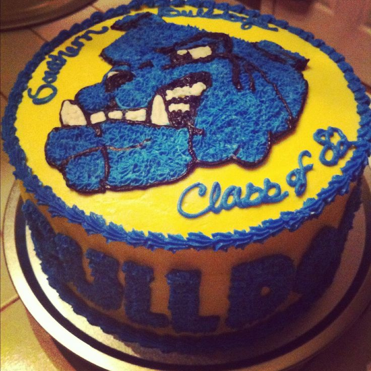 Bulldog class reunion cake..;) Reunion with Classy Ideas ...
