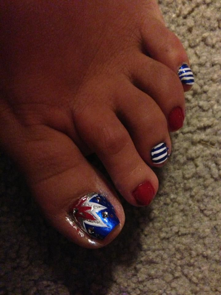 fourth of july nail art fireworks