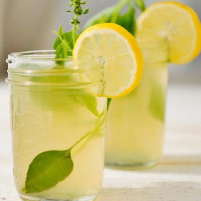 Ginger lemonade! Cut slices ginger, add mint , lemon, ice, soda water ...