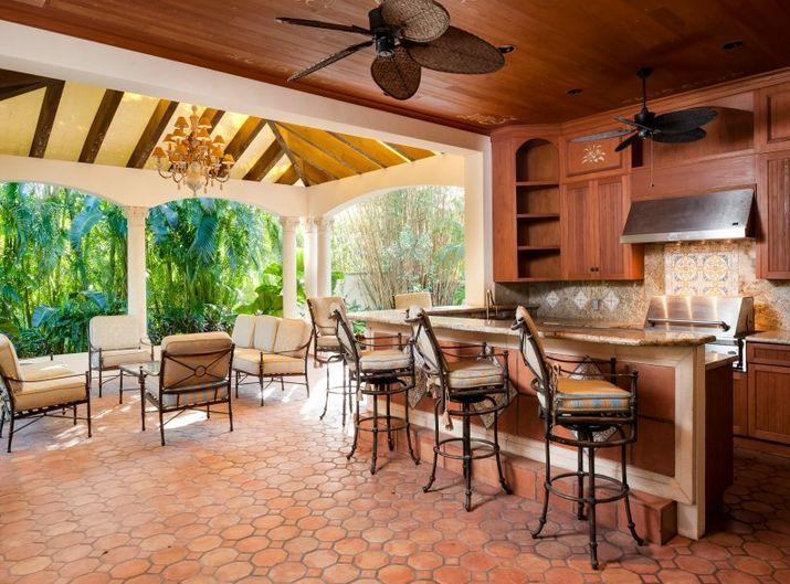 outdoor wet bar outdoor kitchen and wet bar for the home pinterest. Black Bedroom Furniture Sets. Home Design Ideas