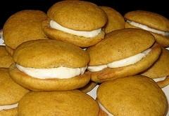 Mini pumpkin whoopie pies | Recipes | Pinterest