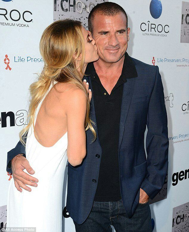 AnnaLynne McCord   Dominic PurcellDominic Purcell And Annalynne Mccord