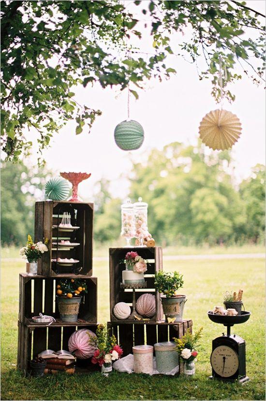 Estilo Vintage Decoracion Boda ~ wooden crate wedding dessert display  Mel s wedding  Pinterest