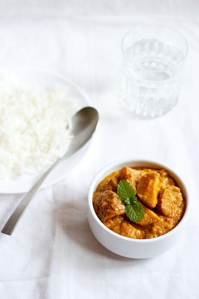 Punjabi Dum Aloo (great mild curry base with potatoes)