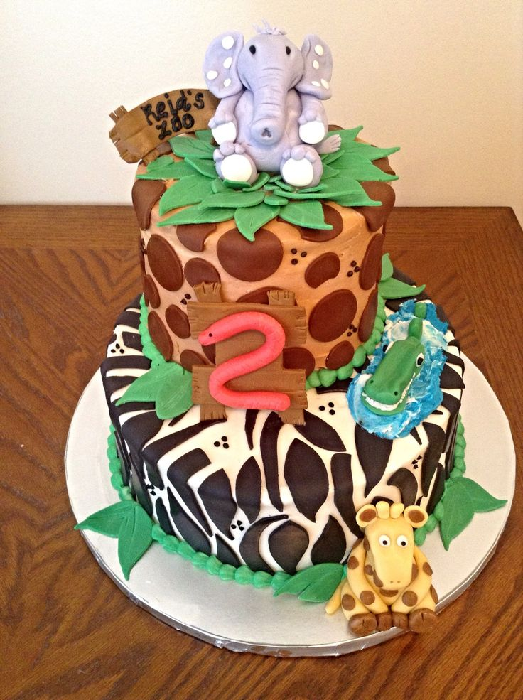 Zoo themed birthday cake :) Birthday! Pinterest