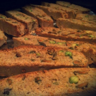 Homemade pistachio and honey biscotti | food | Pinterest