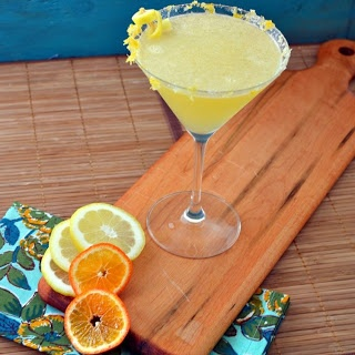 The Foodie Couple: Classic Lemon Drop Can't wait to try it