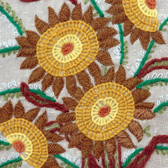 Vintage crewel embroidery pillow top sunflowers