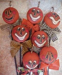 http://thevintagedresser.blogspot.com/2009/09/supplies-3-styrofoam-balls-14-dowels-12.html