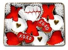 valentine day cookie tins