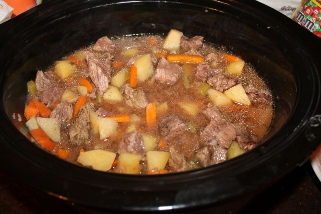 Crock Pot Beef Stew | Stacy Makes Cents | food | Pinterest
