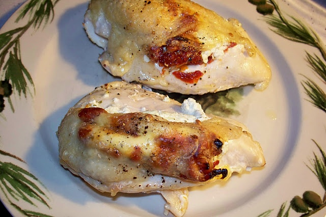 goat cheese and sun dried tomato stuffed chicken breasts