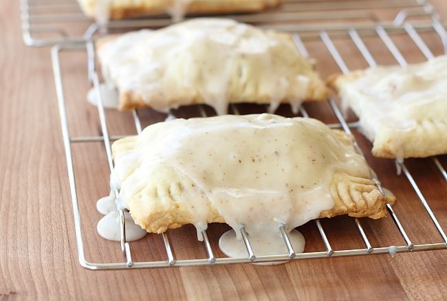 Caramel Apple Pie Pop Tarts