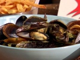 Steamed Mussels with Coconut-Green Chile Broth and Black Pepper French ...