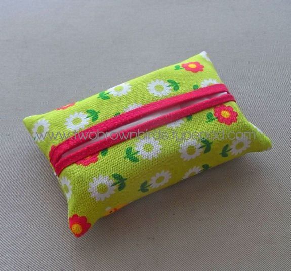 Free Knitting Pattern For Tissue Holder : easy tissue covers Sewing Ideas Pinterest