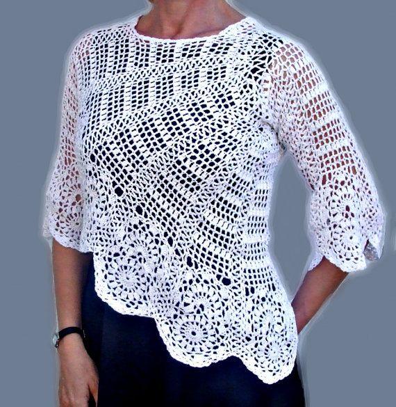 Free Crochet Pattern For Womens Sweater : Womens Crochet Sweater