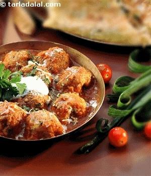 Malai Kofta Curry ( Rotis and Subzis) | Recipe