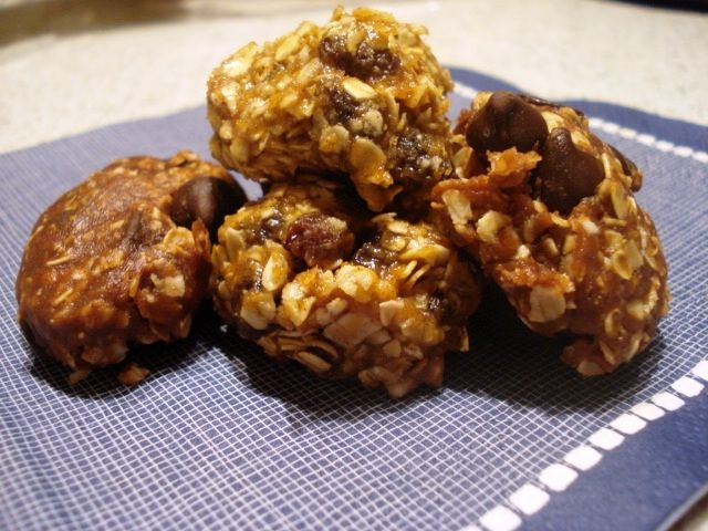 The Real Meal: No-Bake Peanut Butter Oatmeal Cookies, Two Ways