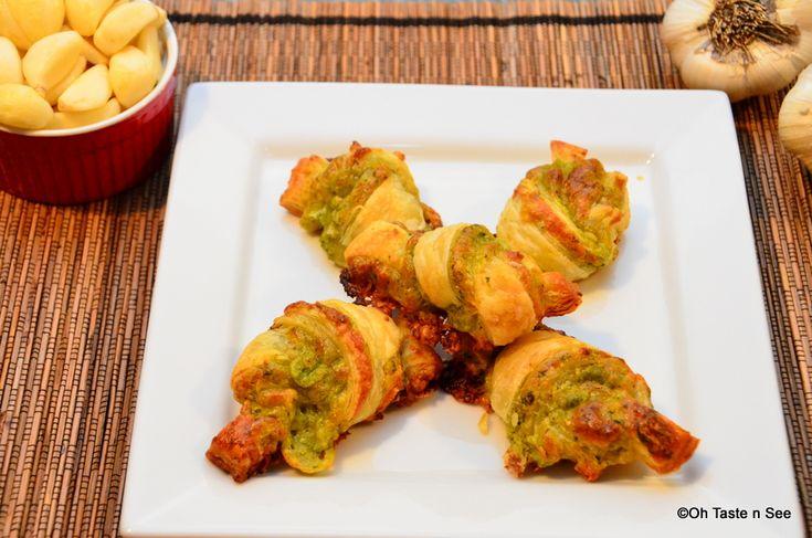 Puff Pastry Garlic Knots | Vegetarian recipes | Pinterest