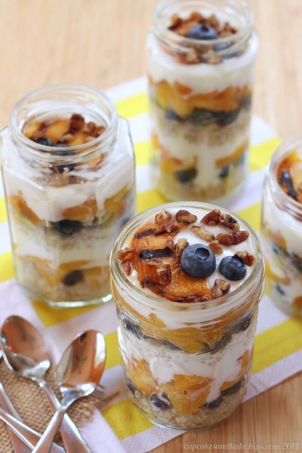 Blueberry & Grilled Peach Quinoa Parfaits - a healthy breakfast, snack ...