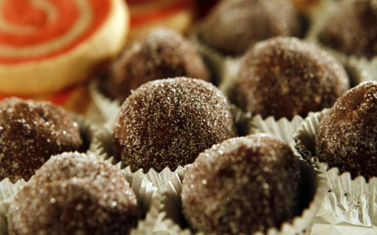 Bourbon balls #holiday #treats. We like to double the amount of ...