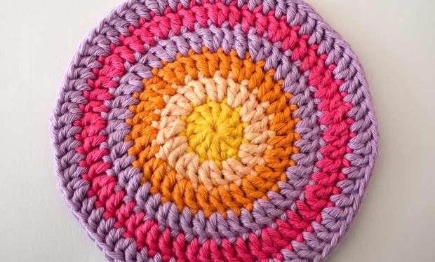 Crocheting In The Round : crocheting in the round Crochet - Mandalas, Circles & Balls Pinte ...