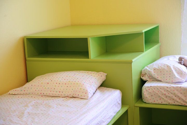 Corner Unit For Twin Beds This Is The Type Of Bed The