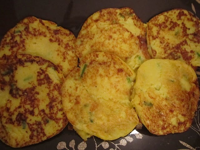 These came out great! Summer squash & chive pancakes.