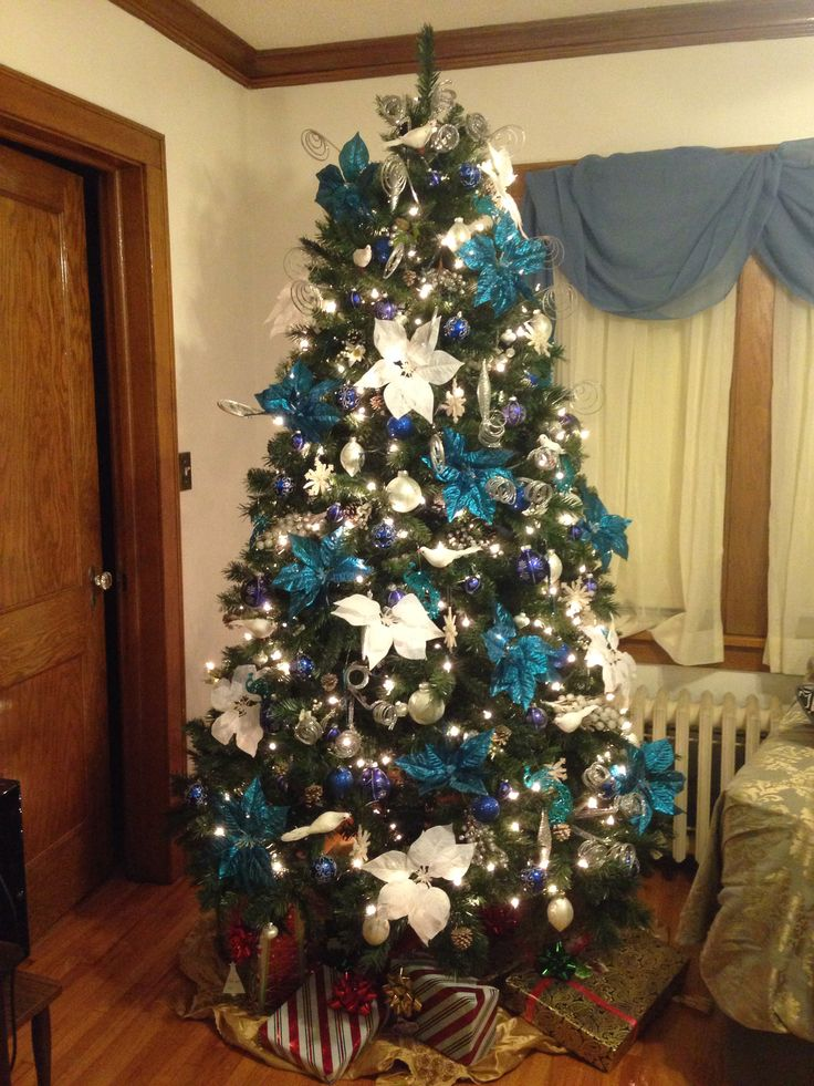 Blue theme christmas tree christmas pinterest - Blue themed christmas tree ...