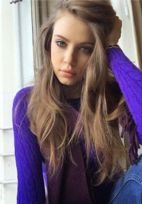 17 Best ideas about Pretty Girls Brunette on Pinterest ...