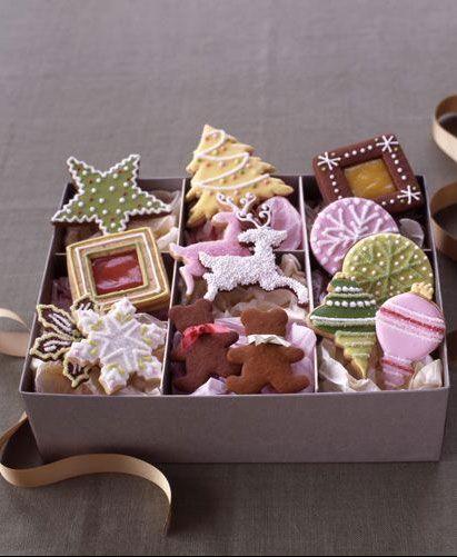 Christmas cookie box.