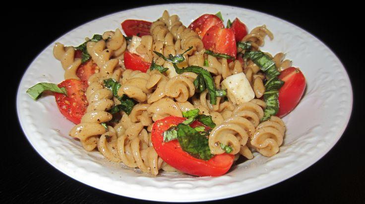 Caprese Pasta Salad with Balsamic Vinaigrette: Boiled whole wheat ...
