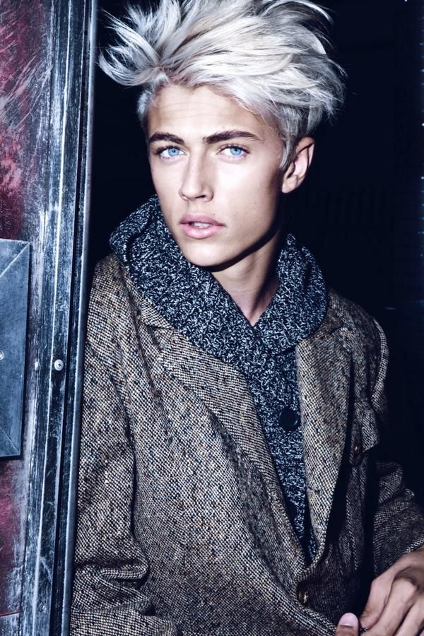 Lucky blue smith smile