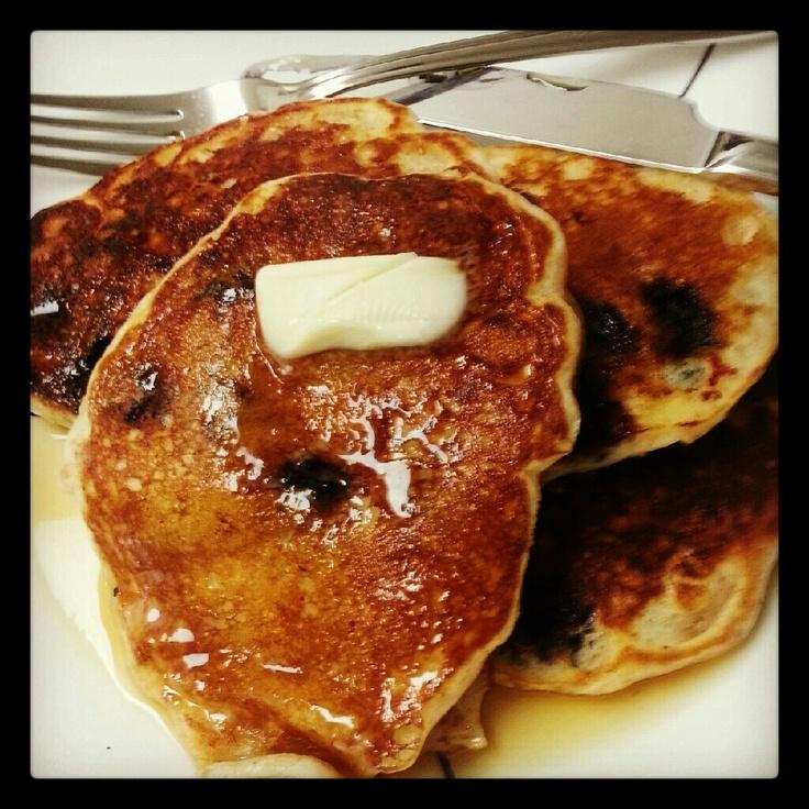 Blueberry Buttermilk pancakes | Food/ recipes | Pinterest