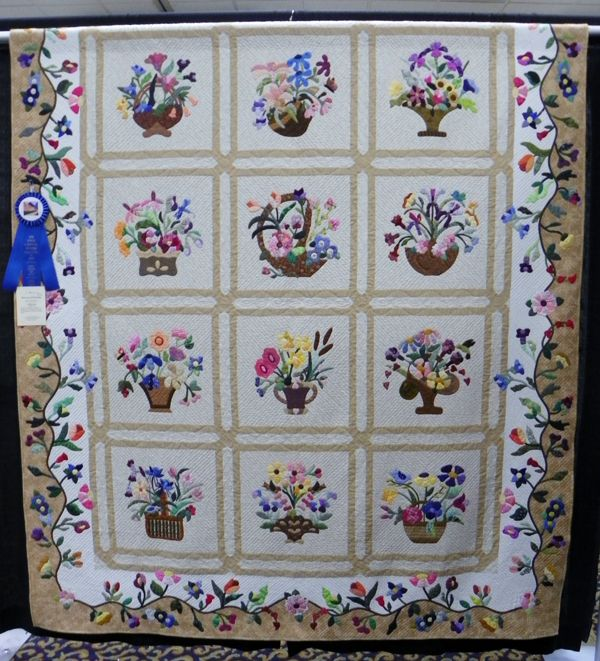 Pin by deborah thomas on basket quilts pinterest for Www cabins of the smoky mountains com