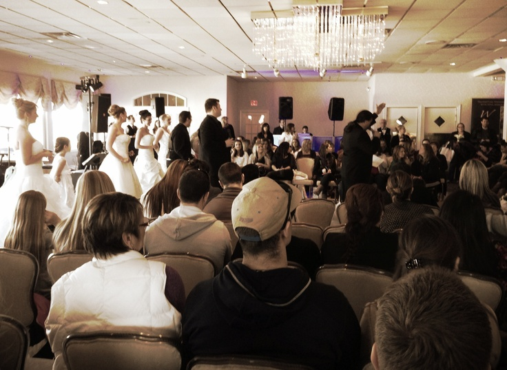 weddingsetgo bridal show at crystal point yacht club