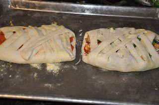 Elizabeth Ann's Recipe Box: Barbecue Chicken Pizza Braid