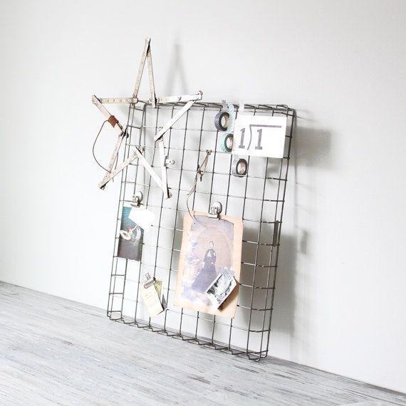 Industrial wire bakers display rack
