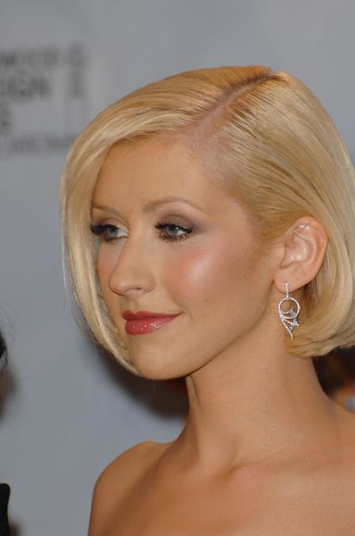 Christina Aguilera Proves Short Hair Is Just asSexy