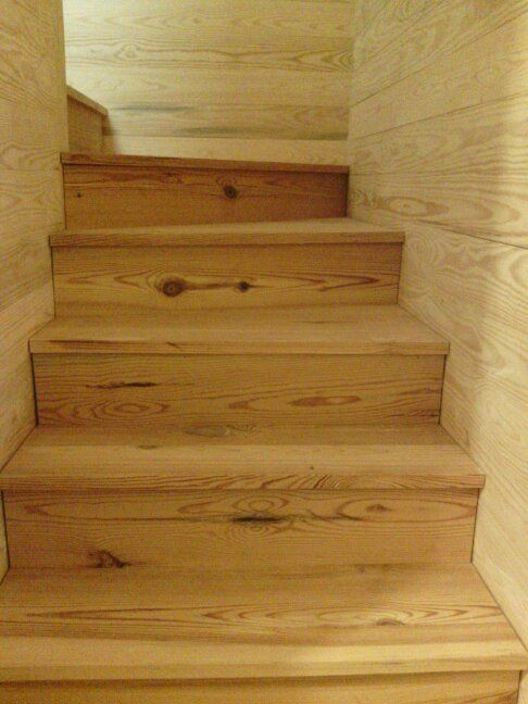 Best Long Leaf Pine Stair Treads Pine Walls Home Sweet Home 640 x 480