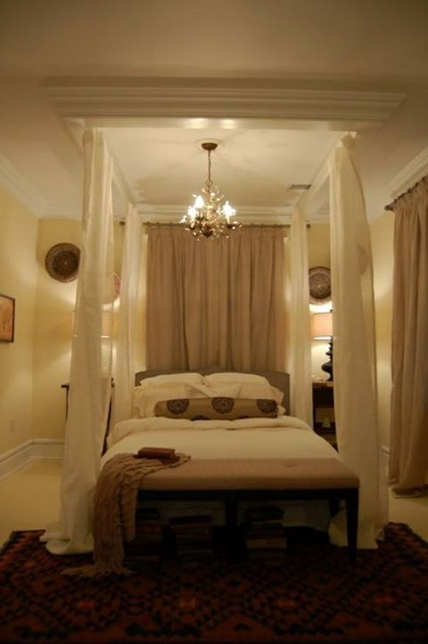 crown molding canopy bed diy home decor pinterest