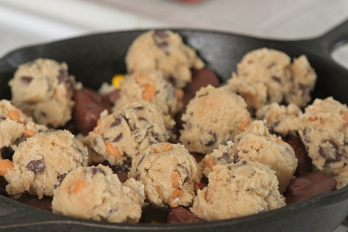 Skillet Baked Candy Bar Stuffed Double Cookie...Pillsbury sugar cookie ...