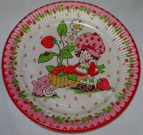 Vintage Strawberry Shortcake Plates | STRAWBERRY SHORTCAKE | Pinterest