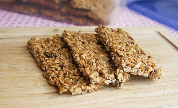 Easy Crispy Fruit and Nut Granola Bars | Recipe
