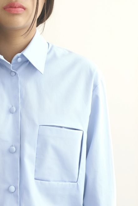 Land blouse minimal fashion mode Dutch design Amsterdam Linda Erkens sober details, pocket, detail, layers,